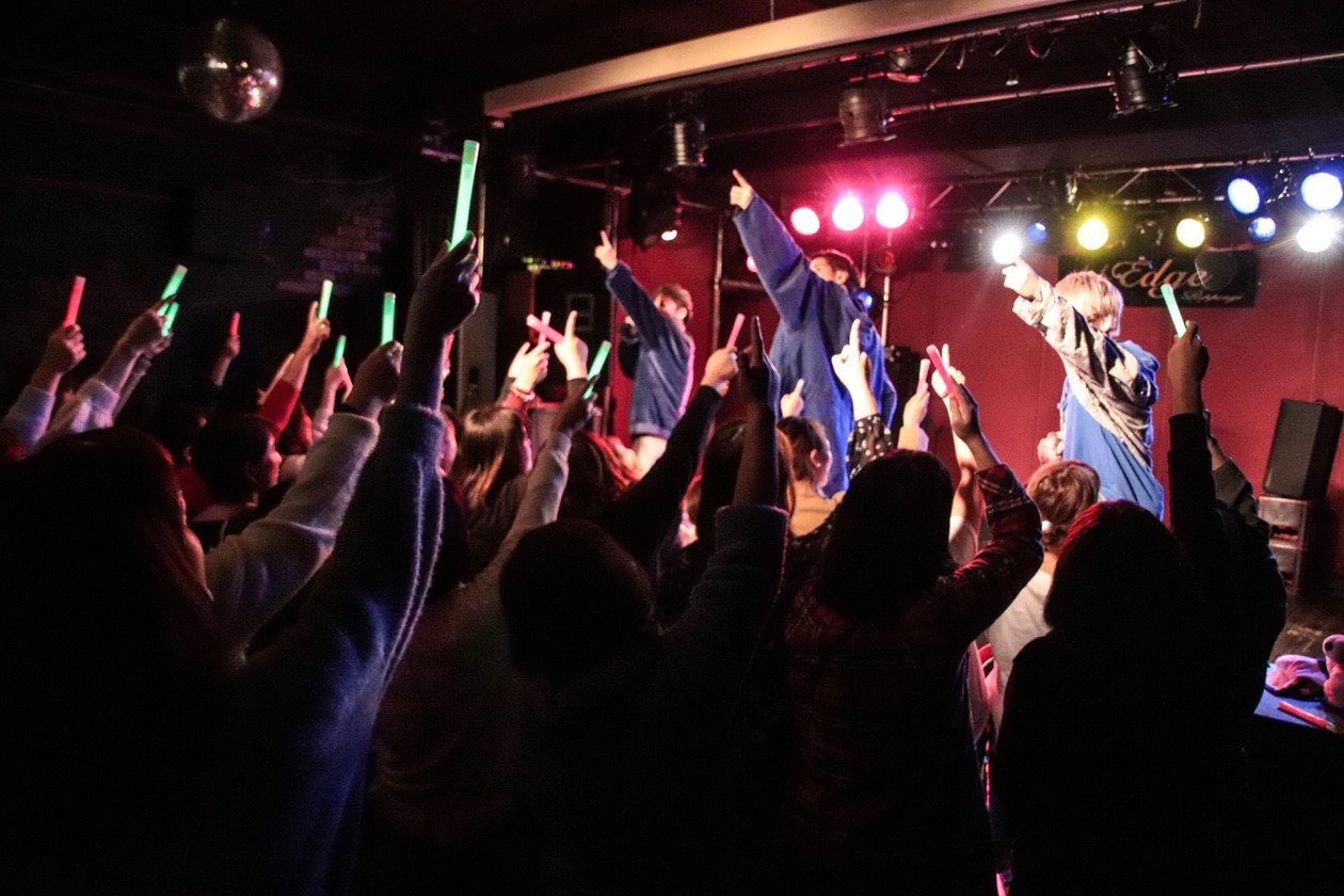 aoiro月1ワンマンライブ「結成2周年感謝祭」