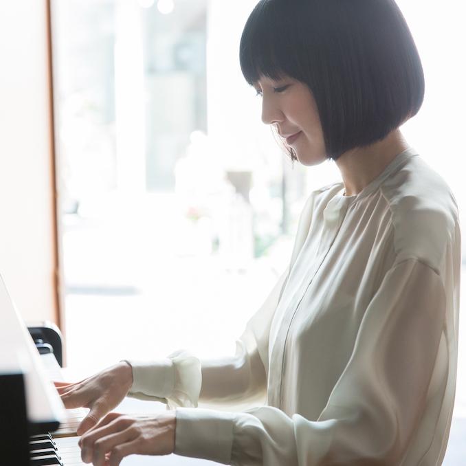 美術と音楽の8日間 「rooms」平井真美子ライブ(ゲスト:坂本美雨)