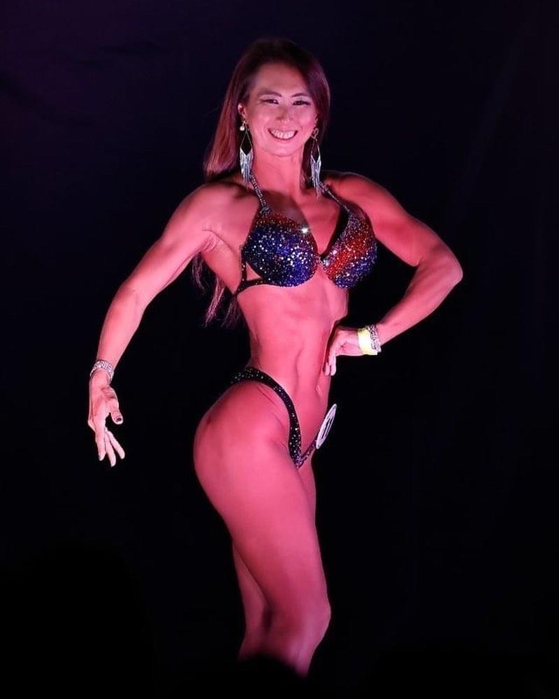 パーソナルトレーニング付き 筋肉女子のオンライントレーニングサロン パーソナルトレーナーTomoko 1ヵ月チケット