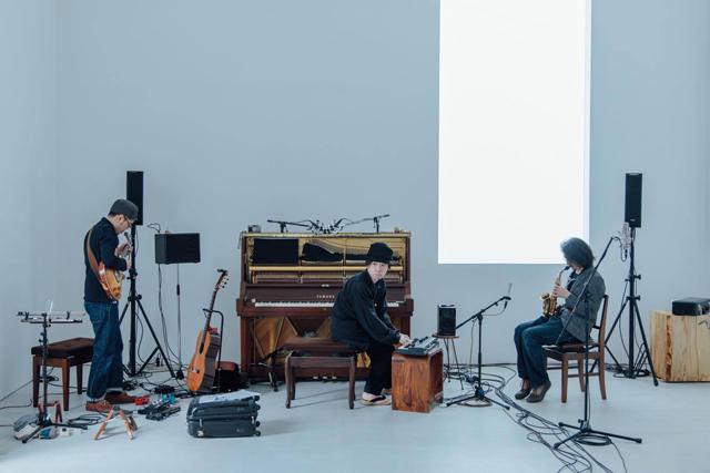 【8/6】FOLKLORE (AOKI,hayatoとharuka nakamura)+ 内田 輝 「明星ピアノⅡ」