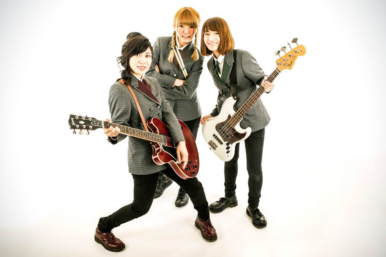 MAGUMI AND THE BREATHLESS/THE STEPHANIES/Made in Asia