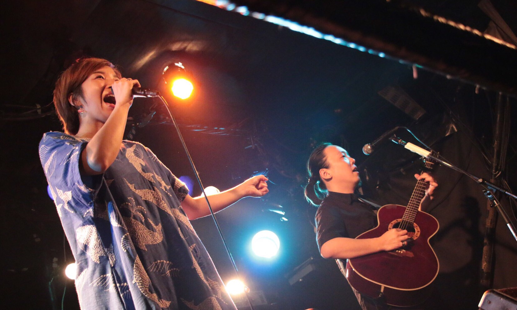 vivify presents 『We live with songs』