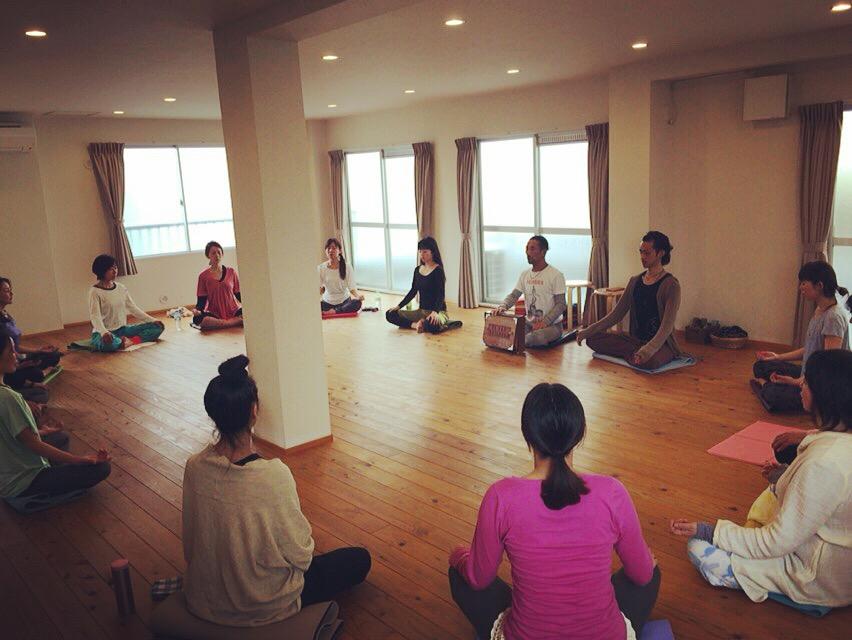 【ヨガ祭2018】タントリック音魂瞑想 〜マインドをチューニング〜(講師:坂東イッキ)