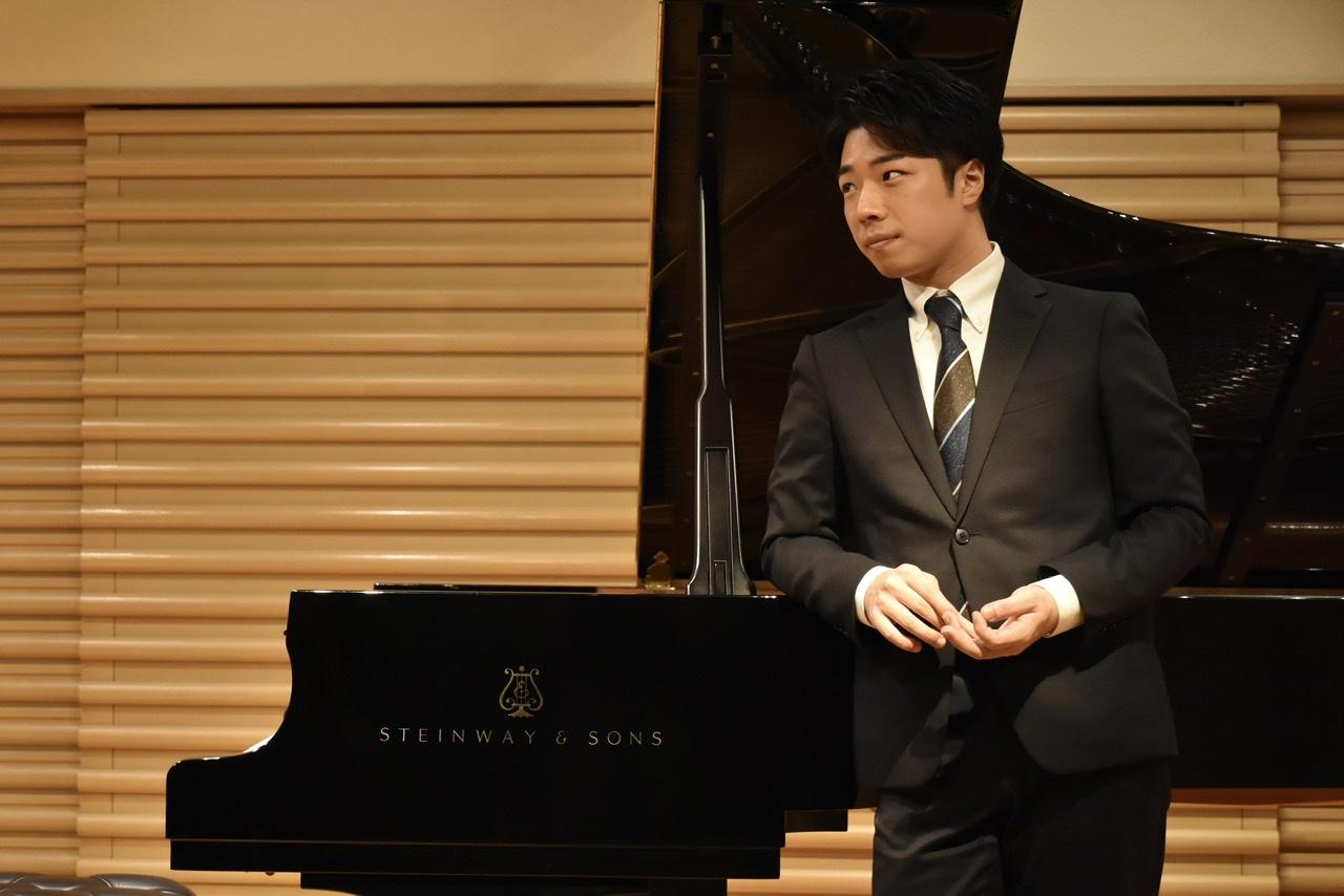 戸賀﨑璃生 ピアノリサイタル 〜ちょっと物知りになれるコンサート〜 (夜の部)
