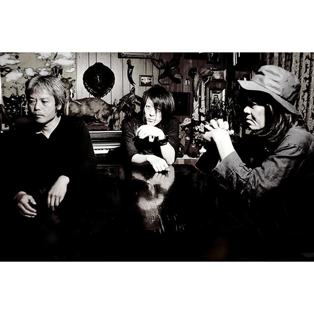 """血と雫/BACTERIA/ヤマジカズヒデ+田畑満 : """"VOR MENSCH"""""""