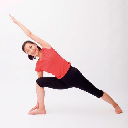 【ヨガ祭2019】アイアンガーヨガ基本と実践 / 心も体も内部から美しく健康になりましょう!(講師:柳生直子)