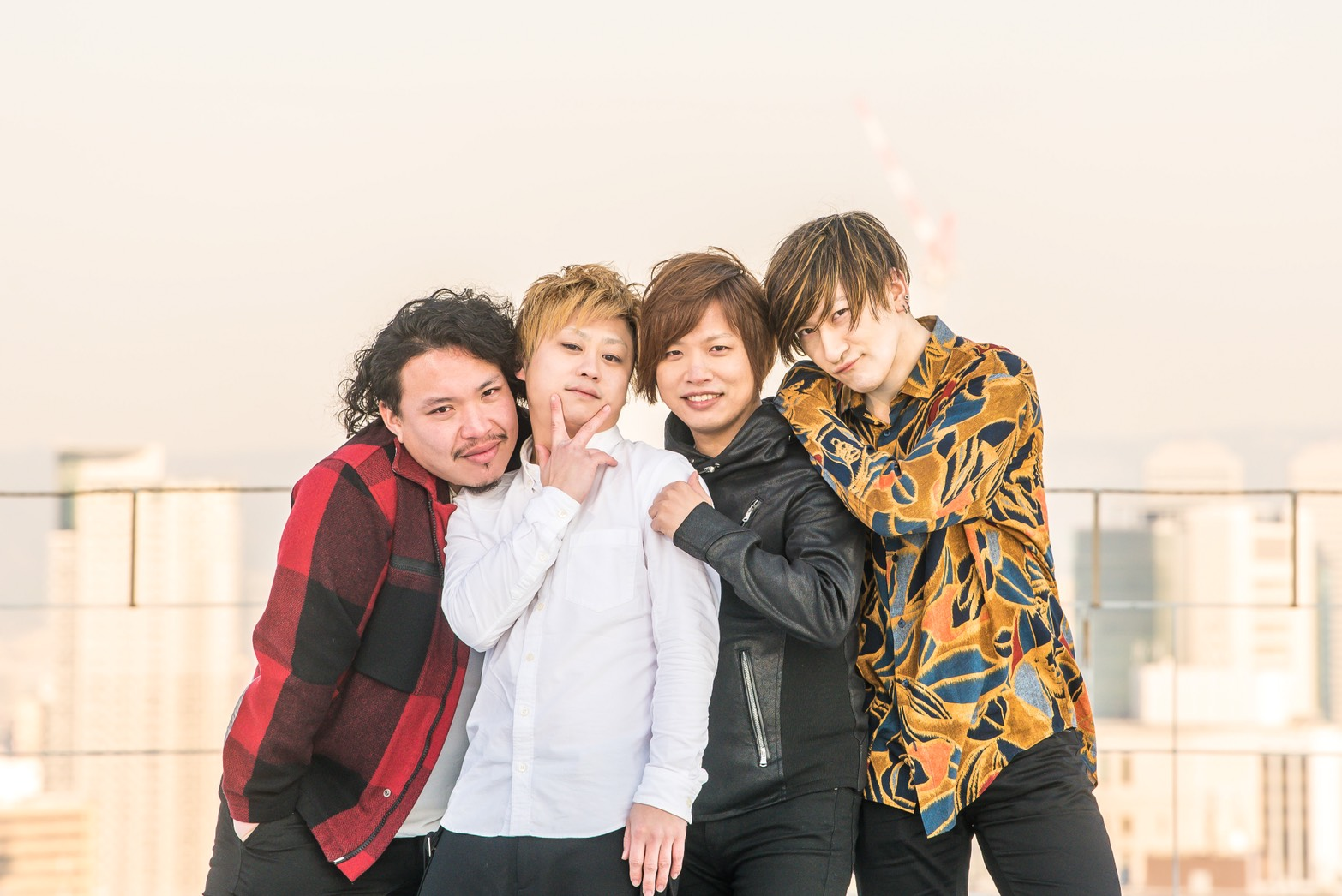 "ERUVOMA SUNRISE release〜あなたのハートに太陽拳ツアー〜 & OvaLoops ""ENDLESS NIGHT""Tour"